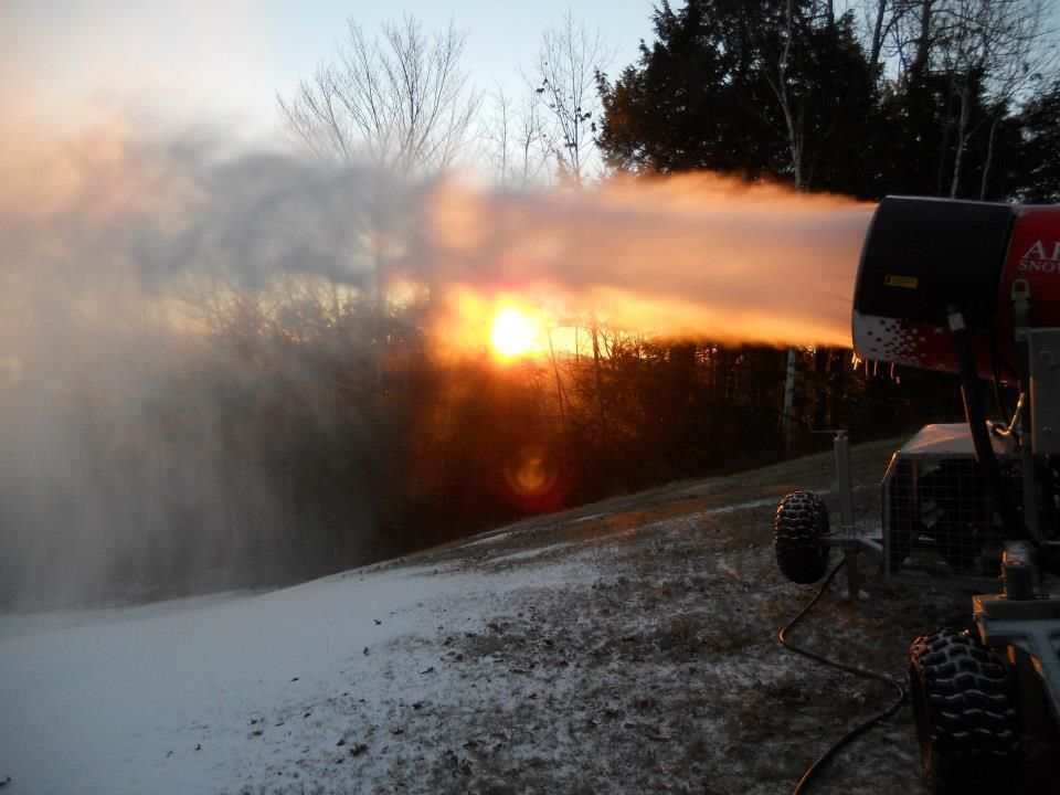 Snowmaking at Mount Hermon.