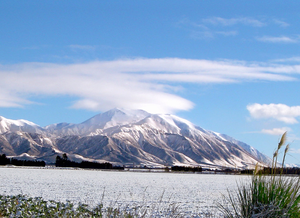Mt. Hutt, home to the eponymous ski area, is on New Zealand's South Island.