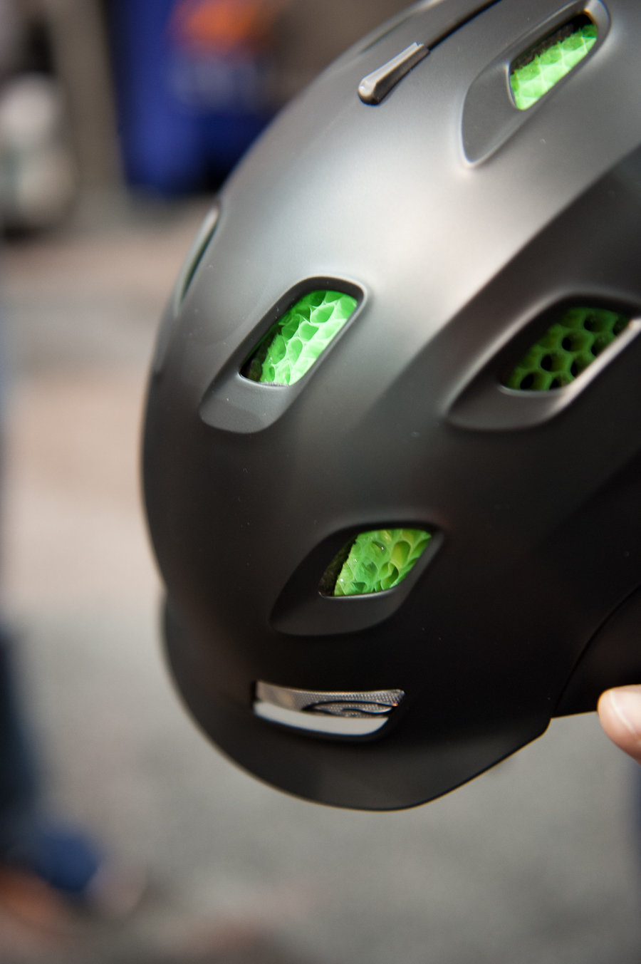 The Smith Vantage Helmet utilizes Aerokore technology with Koroyd for increased airflow and protection. The helmet has under the helmet goggle fitting as well as vent compatibility.