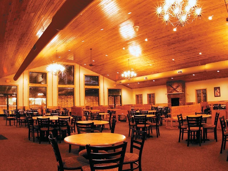 The Granite Peak, Wisconsin lodge dining room.