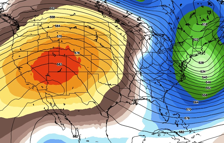 A ridge of high pressure brings warm and dry weather for the end of the week.  - ©OpenSnow.com