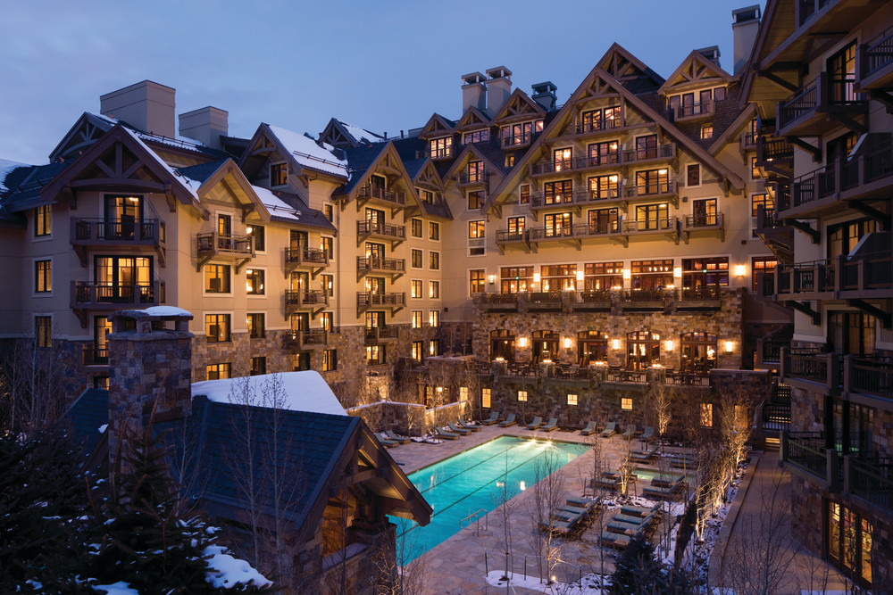 A view of the pool and exterior of the Four Seasons Vail.