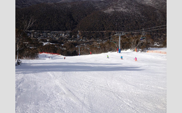 Cruise the long, wide runs of Thredbo, Australia - ©Thredbo