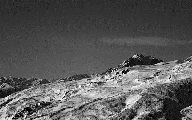 Bergformationen in Laax - ©Stefan Drexl