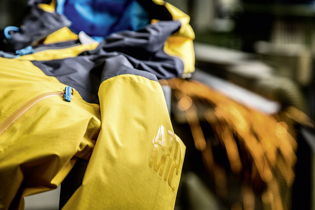Cliffline Stormfold Jacket von Atomic - ©Atomic