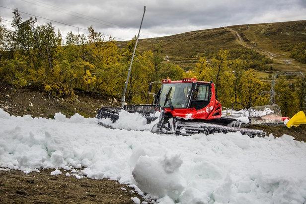 Dosing av snøen på Geilo er i full gang - ©Mustasch media