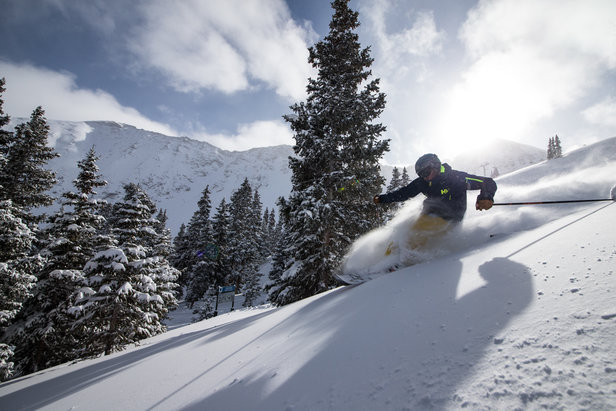 OnTheSnow User Survey: Tell Us What You Think!  - ©Liam Doran