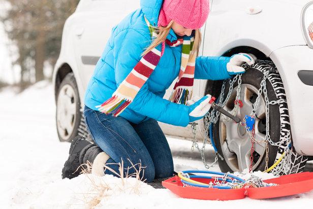 Conseils pour conduite sur routes enneigées - ©CandyBox Images