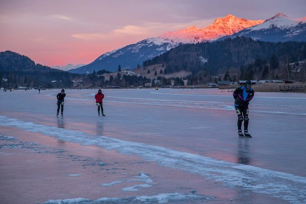 The natural ice-skating rink at Lake Weissensee, Austria - ©Spielplatz der Natur