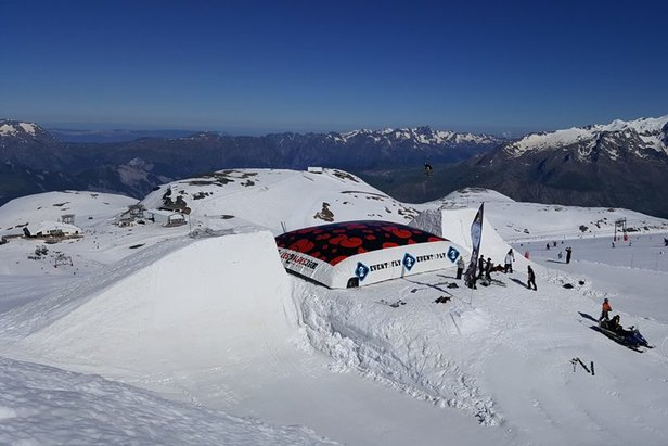 Gallery: Glacier skiing in Europe June 2016 - ©Arnaud Guerrand