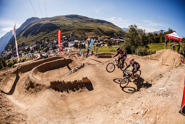 Les principaux événements de l'été aux 2 Alpes - ©Office de Tourisme Les 2 Alpes / Stéphane CANDE