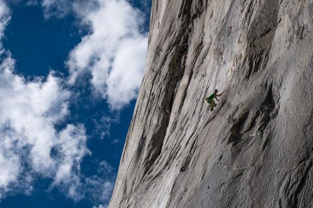 Adam Ondra steigt in die Dawn-Wall ein