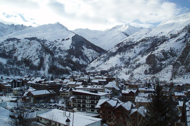 Valloire FRA village