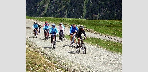 DSV-Damen auf dem Mountainbike - ©Christian Flühr
