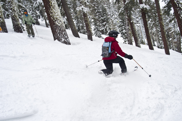 A telemark skier ripping turns at Sierra-at-Tahoe.