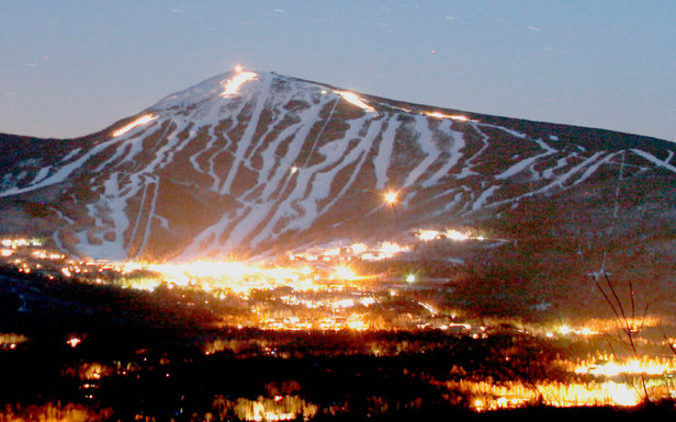Night falls over Sugarloaf Resort - ©Sugarloaf Mountain Resort