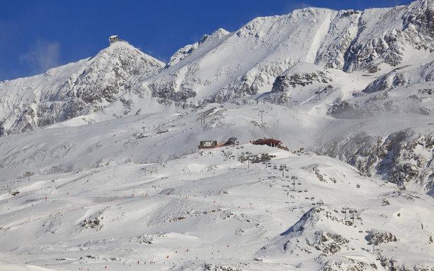Vue sur le domaine skiable de l'Alpe d'Huez - ©Laurent Salino / OT Alpe d'Huez