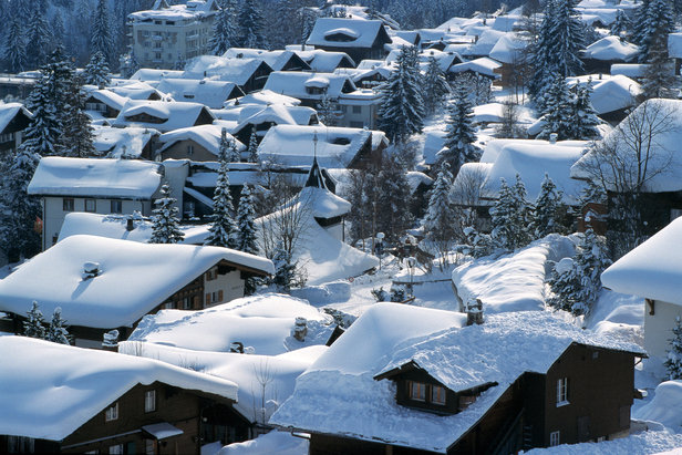 Snow-covered rooftops in pretty Adelboden.  - ©Photopress / Adelboden