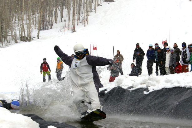 Pond Skim - ©Photo courtesy Sunlight Mountain Resort.