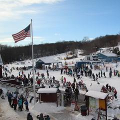 A perfect winter day at Mount Southington.