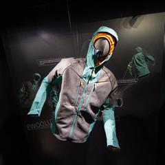 Die neue Sesvenna Skitouren-Kollektion von SALEWA vereint innovative Materialien, hochfunktionale Technologien und traditionelles Design - ©Skiinfo