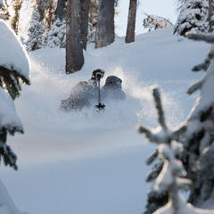 Skier Jason Lombard - ©Josh Cooley