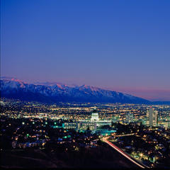 Skyline von Salt Lake City bei Nacht - ©Steve Greenwood / Visit Salt Lake