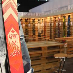 Stoisko 4FRNT na targach ISPO - ©Skiinfo
