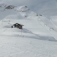 An der Zugspitze schneite es in den letzten Wochen sehr ausgiebig und regelmäßig - ©Facebook Zugspitze