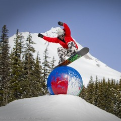 Mt Hood Meadows OR ball (Richard Hallman)