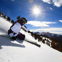Early-Season Skiing: Keystone and Arapahoe Basin, Colorado - ©Arapahoe Basine