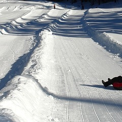 Tubing at Willamette Pass. Photo by Larry Turner/Willamette Pass.