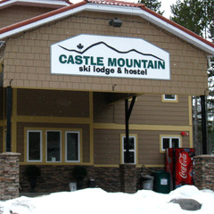 Castle Mountain Lodge and Hostel at Castle Mountain. Photo by Becky Lomax.