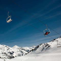 Si vous aimez le ski en famille, les stations de la principauté d'Andorre vous offrent une multitude de possibilités pour passer une très bonne journée.  - ©Andorra Tourisme