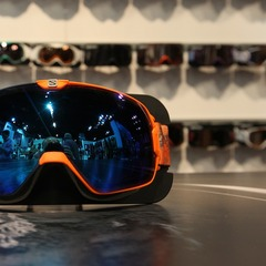 The Salomon X-Tend goggle is the best goggle on the market in terms of field of vision. It has a custom frame suspension system for better fit and venting.