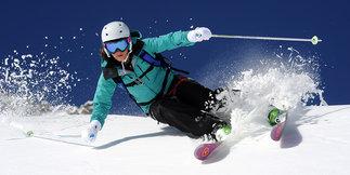 Les meilleurs skis all mountain pour femmes (saison 2014/2015) ©Dynastar / Dan Ferrer