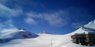 V Passo Stelvio právě začala letní lyžařská sezóna!