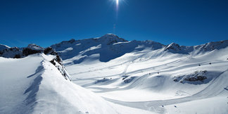 Eerste skistations openen de deuren ©© Kaunertaler Gletscherbahnen - Daniel Zangerl