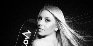 2015 Female Ski Instructor Calendar - © Gitta Saxx   www.skilehrerinnen.at