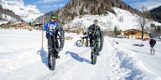 VTT sur neige VS Fat Bike : le choc des 2 roues ! ©OT Val d'Arly