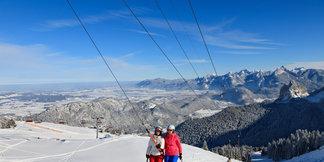 Zehn günstige Skiverbünde: Viel Skispaß für kleines Geld! ©Pfronten Tourismus