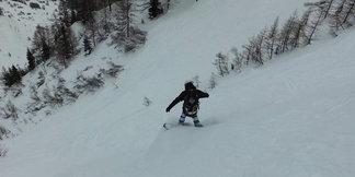 Un tuffo in neve fresca all'ombra del Bianco ©LaStampa.it