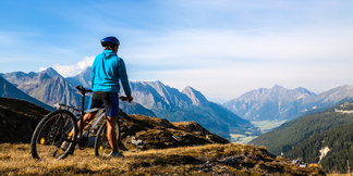 Idée séjour sport et vélo à la montagne : cet été direction les Sybelles ©Kotangens - Fotolia.com