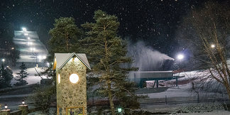 Snowmaking Underway at Holiday Valley ©Jane Eshbaugh