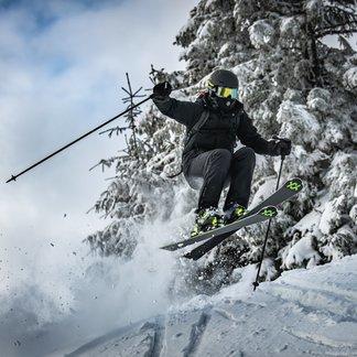 Prašanová lyžovačka na Martinkách - © Martin Mesiarik