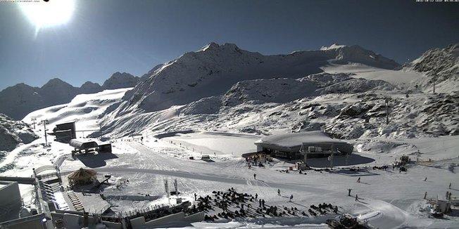 La prima neve sul resto delle Alpi - Ottobre 2016 - © Pitztal Glacier/Facebook