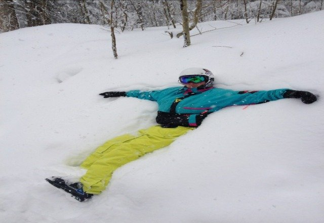 im chilling in about 10 inches of fresh pow