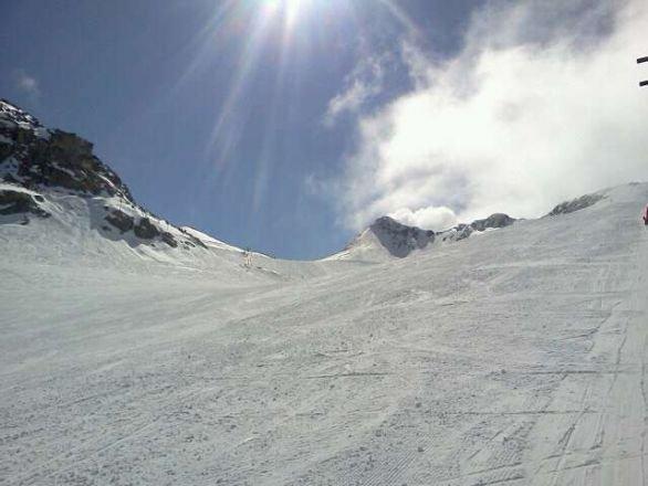 amazing skiing....this is heaven