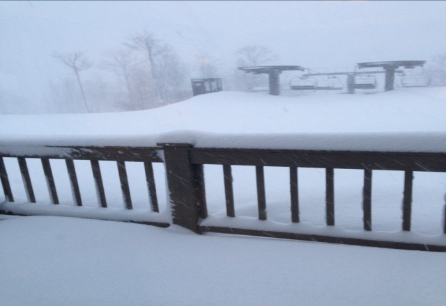 got 2 b 5-6 inches over ngt and still snowing - today will rock