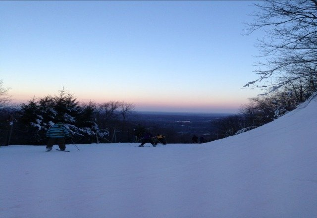 went today for twilight, mountian conditions were good for this early in the season and barely any ice.